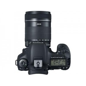 Canon EOS 700D + Lens Kit 18-135mm