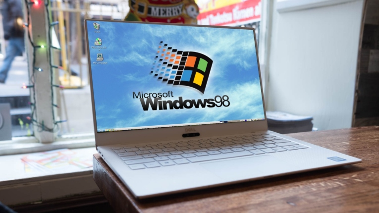 Windows 98 laptop